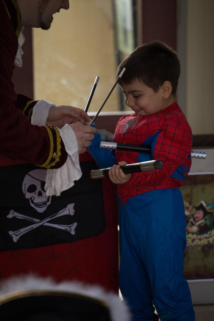 Toronto's Funny Pirate Magician